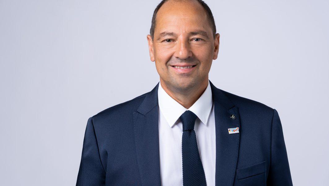 """Antwort auf AfD-Anfrage: Gesundheitsminister Lucha will Corona-Maßnahmen bis """"es das Virus nicht mehr gibt"""""""
